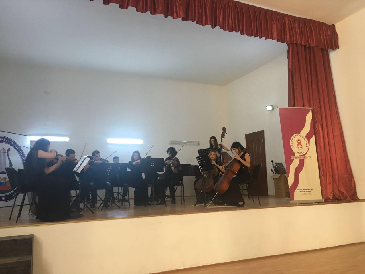 """""""Xəzər""""in Kamera orkestinin musiqi kollecində konserti"""