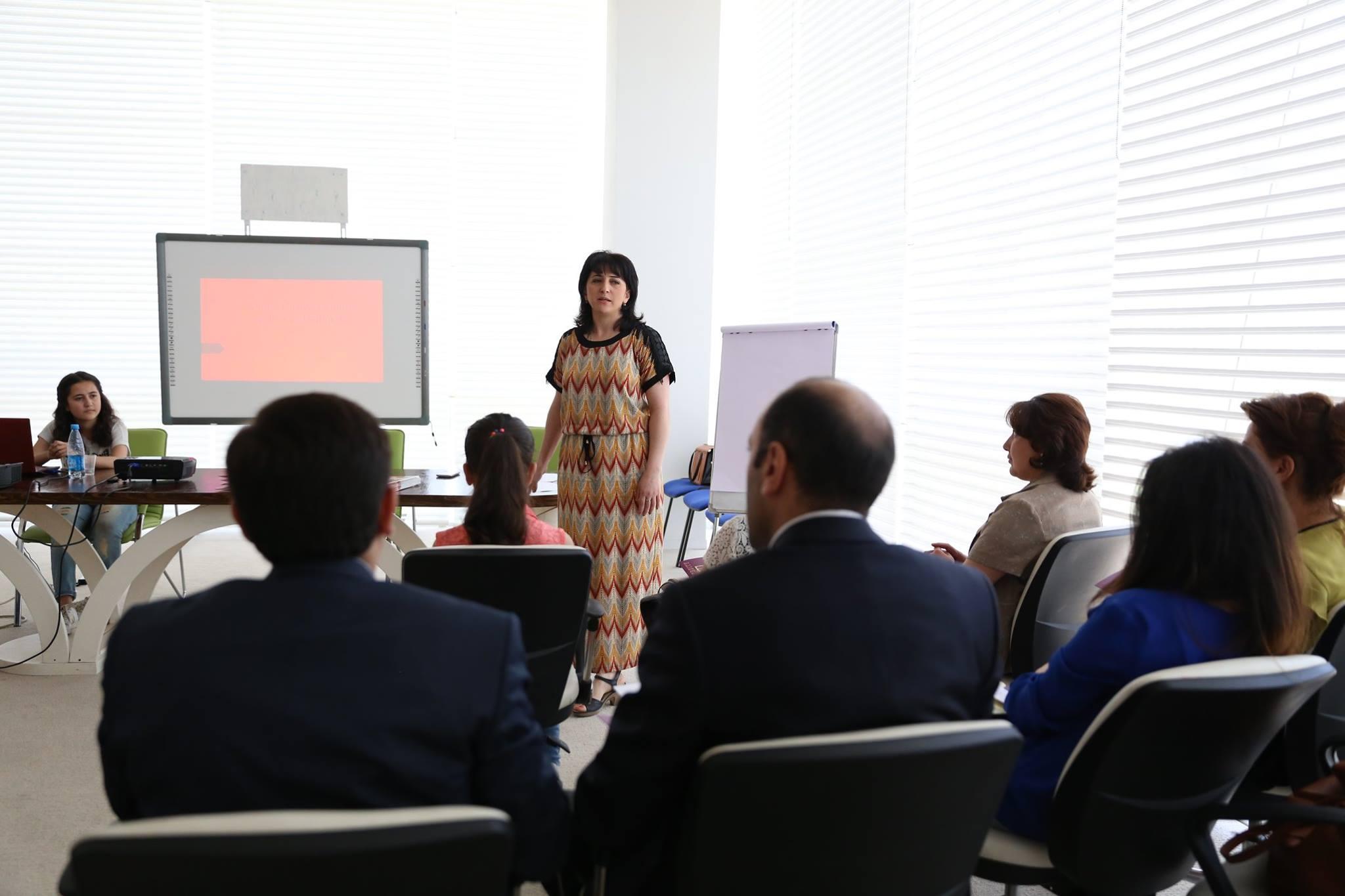 "Workshop on ""Effective Communication and Body Language"""