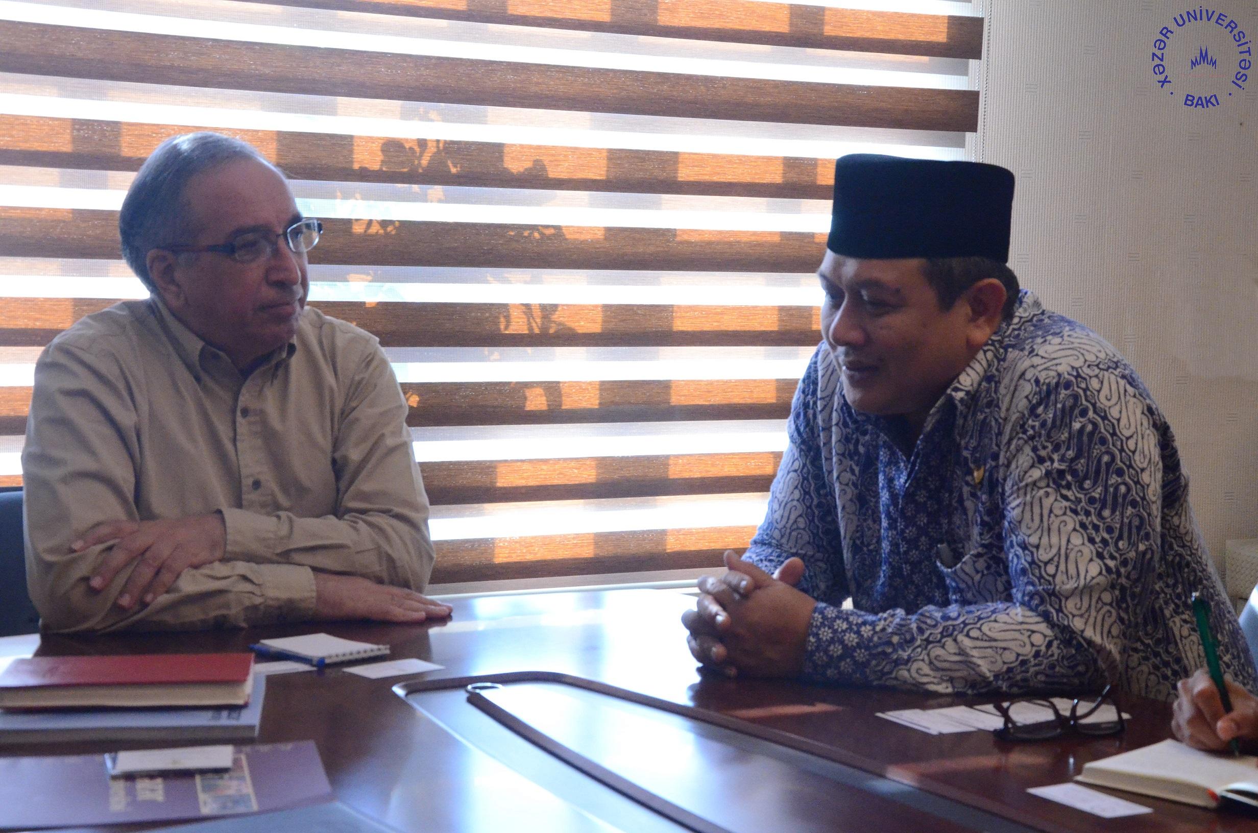 Ambassador of Indonesia Visits Khazar University