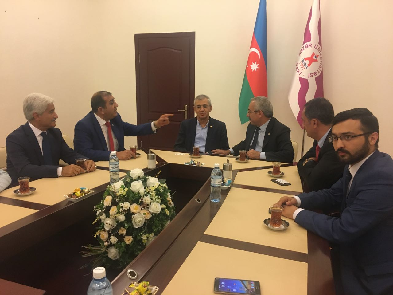 Hamlet Isaxanli Receives Guests from Sutcu Imam University
