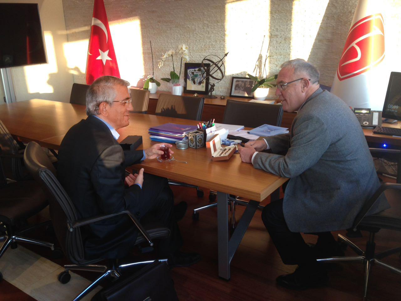 Təsisçi Hacettepe Universitetinin rektoru ilə görüşdü