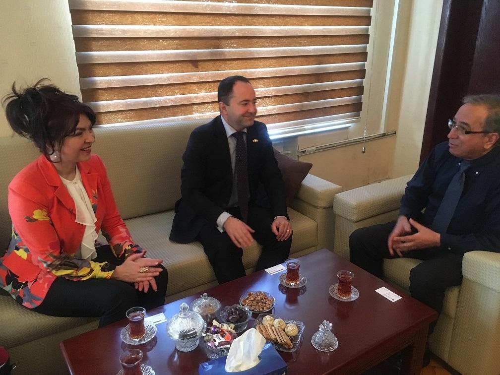 Hassan Niknafs Meets with Ambassador of Romania to Azerbaijan
