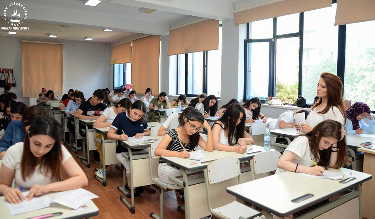 Final Exams of the 2nd Semester at Khazar University – PHOTO SESSION