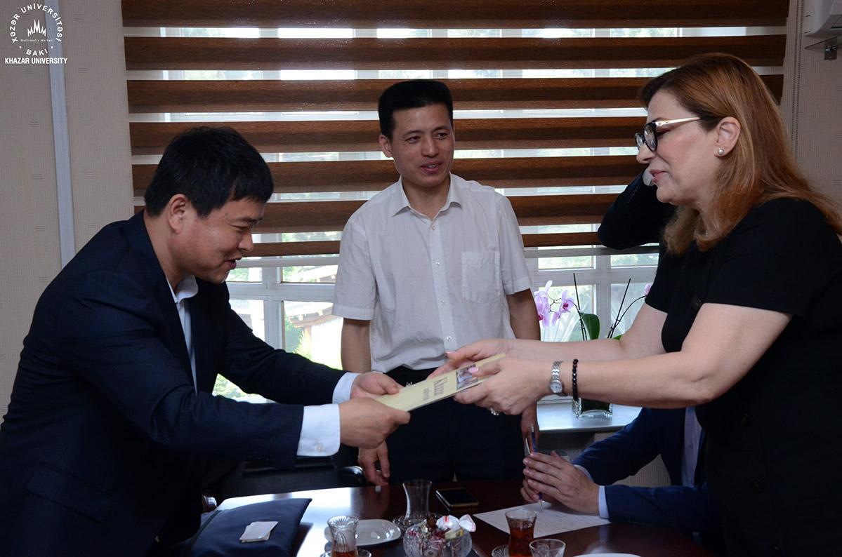 Chinese Experts Visited Khazar University