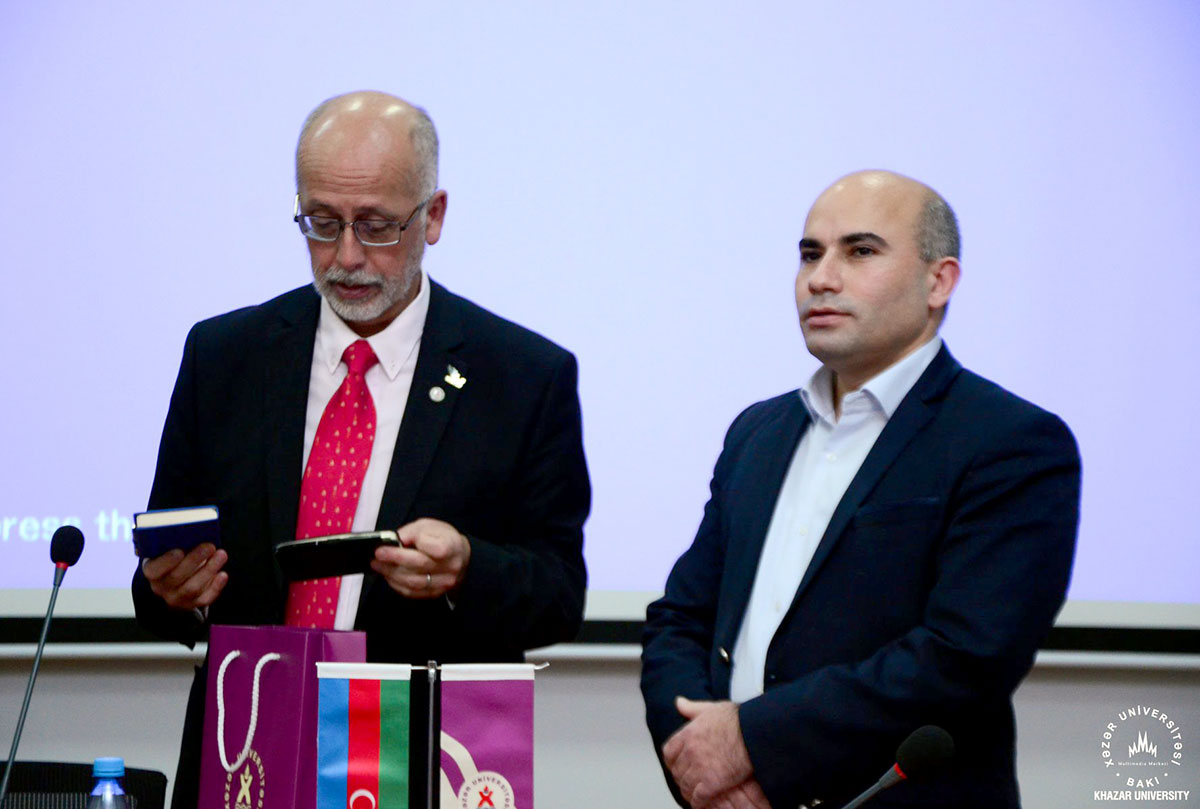 Ambassador of United Mexican States Delivers Lecture at School of Economics and Management