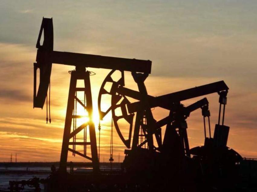 Considerations of Khazar University's Professor Regarding Changes in the Oil Market on Movqe.az