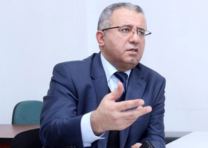 """News agencies on the publication of book entitled """"Armenian language"""" by former """"Khazar"""" lecturer"""
