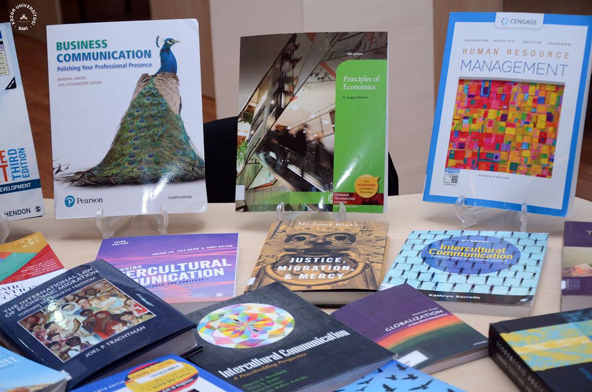 KİM Erasmus+ PROMIG layihəsi çərçivəsində yeni kitablar aldı