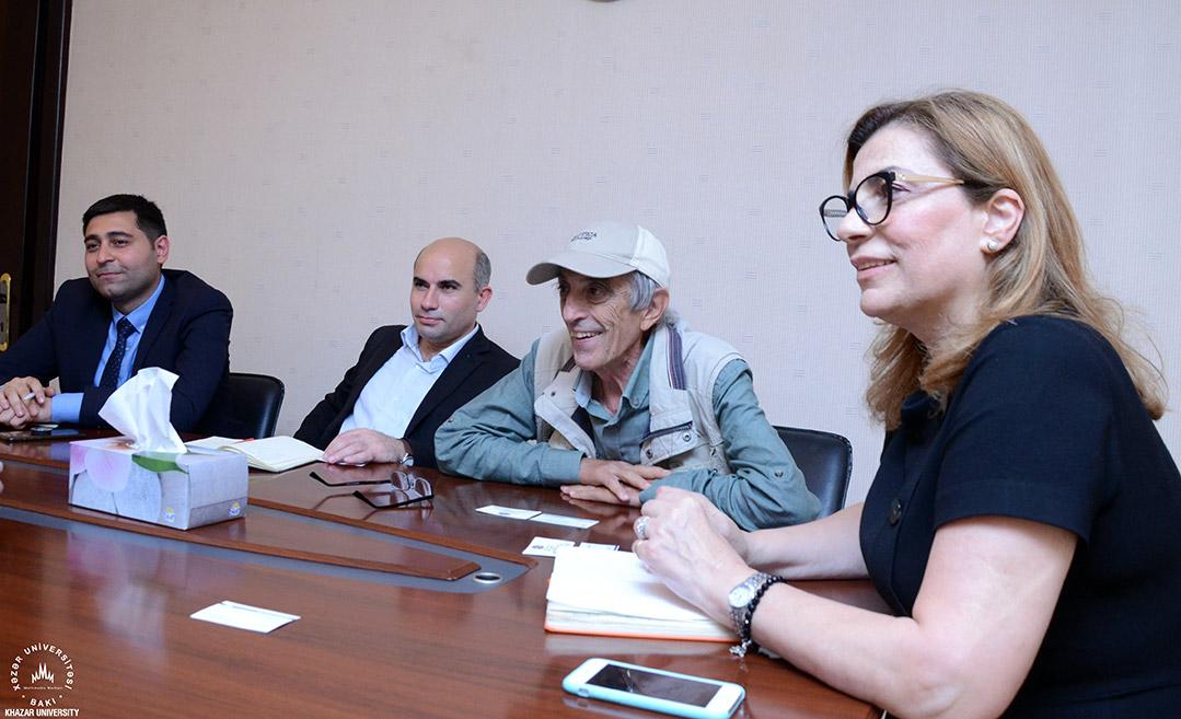 Plovdiv Universiteti nümayəndəsi Xəzər Universitetində