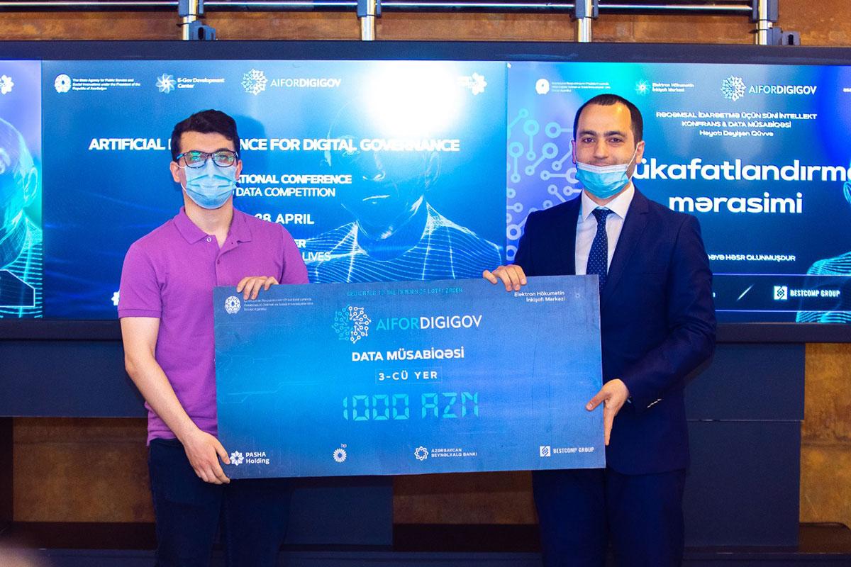 "Khazar University student wins ""Artificial Intelligence in Digital Governance"" Data Competition"