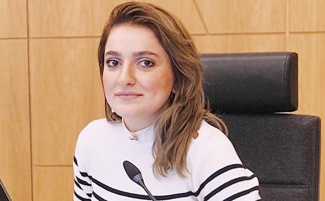 Interview of Khazar University Teacher to redaktor.az